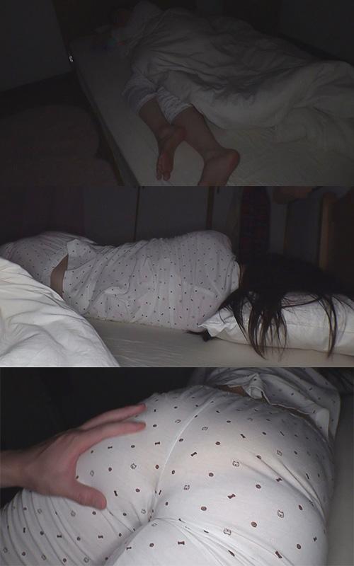 【家庭内で睡●姦】OL姉の実家の部屋で睡眠ハメ撮り・喉奥擦り付け・響くくちゅくちゅ音・推定Fカップ以上【前回は家庭内盗撮・1週間